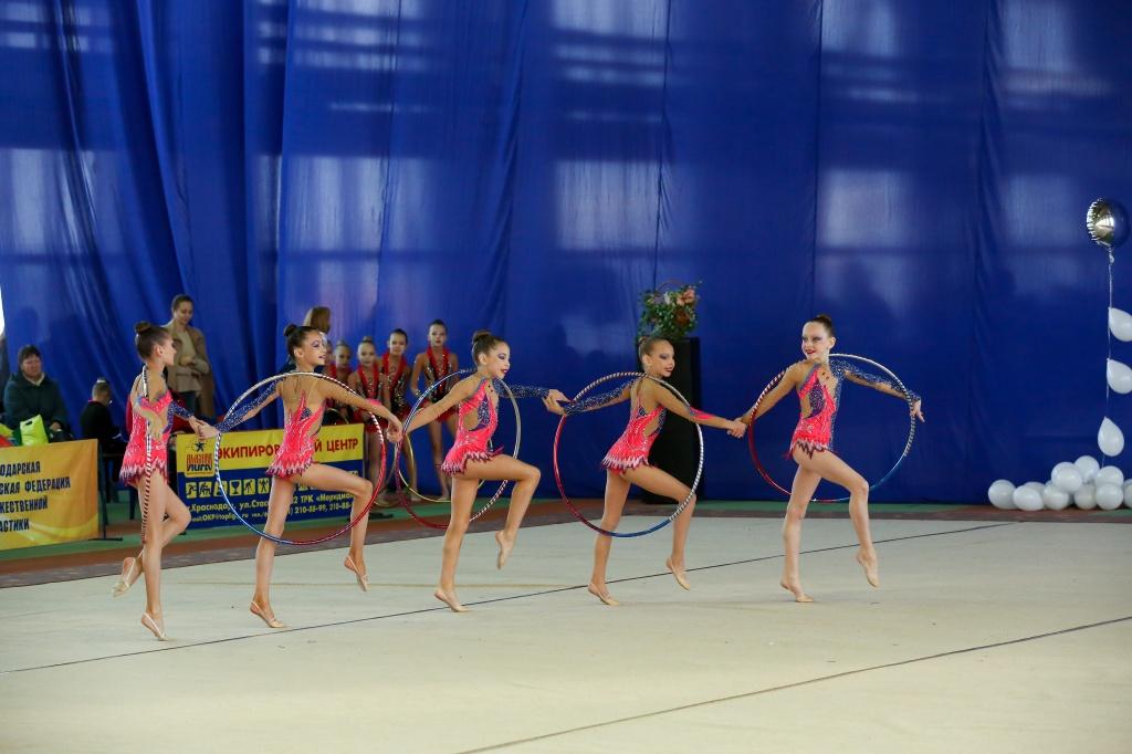 Художественная гимнастика дюсш